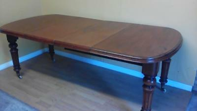 Victorian mahogany two leaf extending wind out dining table
