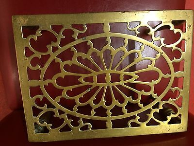 ANTIQUE SOLID BRASS KETTLE STAND....  beautiful patterns very heavy .(nice size)