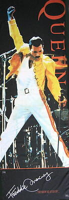 QUEEN TÜRFLAGGE DOORFLAG LIVE AT WEMBLEY STADIUM THE SHOW MUST GO ON - 170x57cm
