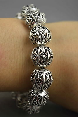 China Collectable Handwork Miao Silver Carve Flower Bead Auspicious Bracelet