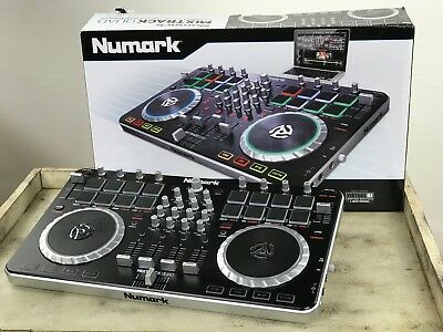NUMARK MIXTrack QUAD - 4 DJ Controller with audio
