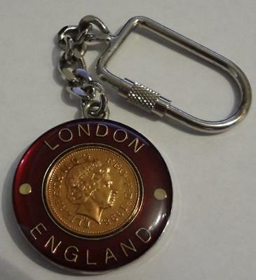 England London Keychain Medal W/ Flag & 1998 1-Penny Coin