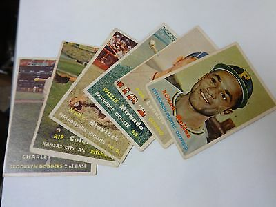 Small lot of older baseball cards LOOK some in rough coNR Auction