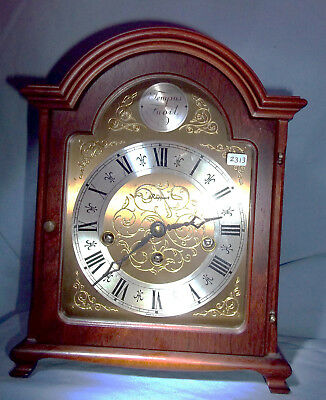 A Good Elegant Mahogany Cased Traditional Style Chiming Bracket/mantel Clock.