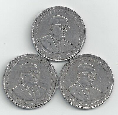 3 HIGH DENOMINATION 5 RUPEE COINS from MAURITIUS (1987, 1992 & 2009)