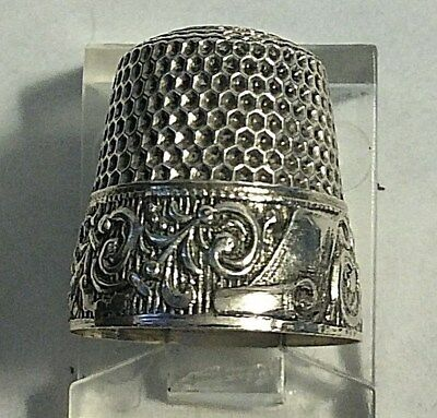 Antique UR Mark Sterling Silver Fancy Band Child's Size 6 Thimble Sewing