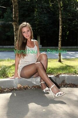 #46-65, Nylon Legs Model Foto, Pantyhose Strumpfhose Stocking Feet A4 Photo