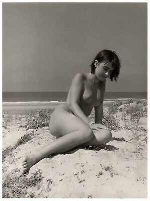 "NAKED WOMAN IN THE DUNES NACKTE FRAU IN DEN DÜNEN * Vintage 60s CARDOT Photo ""L"""
