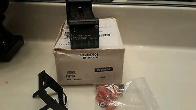 Omega CN9131A Autotune PID/On-Off Temperature Controller DISPLAY NEW NOS $199