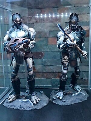 Hot Toys: Chitauri Commander & Soldier Set