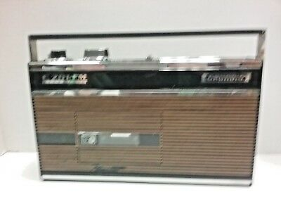 VINTAGE radio / cassette GRUNDIG C201-FM Automatic made in Germany 1968-1970.