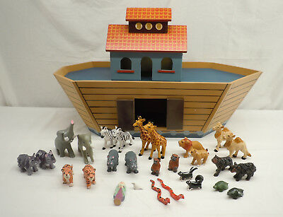 Byers Choice Traditions Wood Noah's Ark Playset 2005