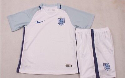 England Home  Kids Football Kit Size 28 New With Tags 12-13Year  Old