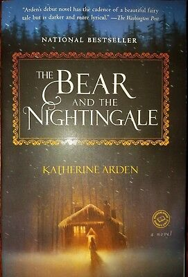 THE BEAR and the Nightingale: A Novel (Winternight Trilogy ...