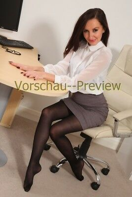 A60-41, Nylon Legs Model Foto, Pantyhose Strumpfhose Stocking Feet A4 Photo