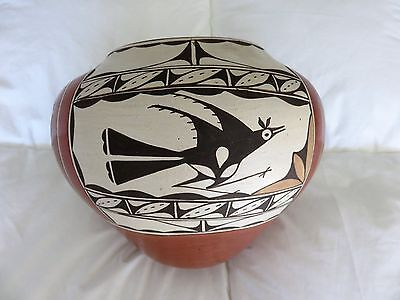 Large Zia Pueblo pottery Olla by Kathy Pino