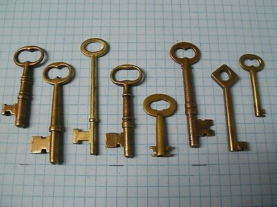 8 Antique Brass Skeleton, Barrel, Cabinet And Old Lock Keys -