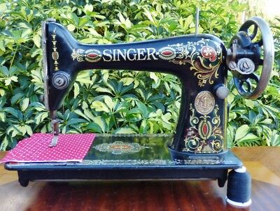 "Beautiful 1915 Singer Model 66 ""Red Eye"" Sewing Machine ~ Treadle or Hand Crank"