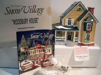 """Dept 56 """"Woodbury House"""" Snow Village Series Christmas House Excellent Condition"""