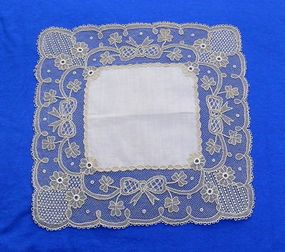 Antique Hanky with Carrickmacross lace