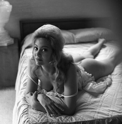 60s Vogel Negative, sexy nude pin-up girl Carol Baughman laying on bed, t989151