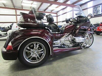 2008 Honda Gold Wing  2008 HONDA GOLDWING GL1800  ROADSMITH HTS1800 TRIKE