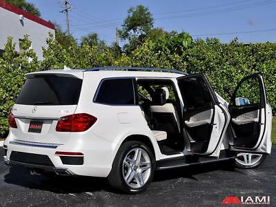 2015 Mercedes-Benz GL-Class GL550  Designo White over White!! Wow! B&O GL550 4-Matic Designo White over White!! Wow! B&O Sound!!