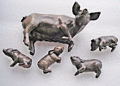 Beautiful bronze resin figurines of Mother pig with 4 separate piglets