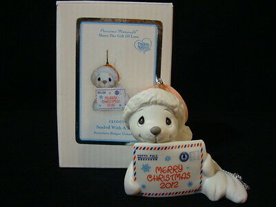 ym Precious Moments-Baby Seal Dated 2012 Limited Edition-Sealed With A Kiss