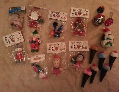 Lot of 19 Warner Bros Christmas Ornaments Santa Ice Cream Cones Elf Road Runner