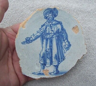 Nice Centre Part with Gentleman of a Delft Ware Majolica Plate 1600's