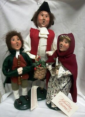 2001 New Byers Choice The Carolers Williamsburg Christmas Collection Lot Of 3