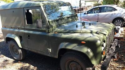 Land Rover: Defender Defender 90 Ex military 90 hard top great condition