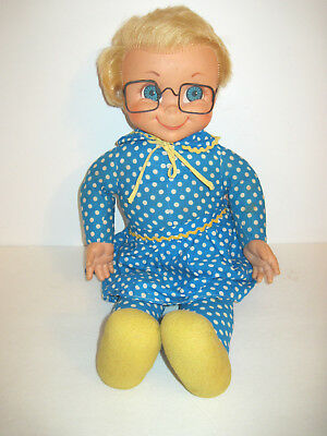 Vintage 1967 MRS.BEASLEY Mattel Doll w/Glasses, Pull String attached no pull.