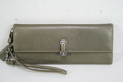 Coach Brown Tan Color Leather Bifold Wristlet Wallet Clutch