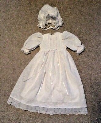 Hand Made Vintage  White BABY CHRISTENING DRESS & Bonnet  ANTIQUE DOLLS