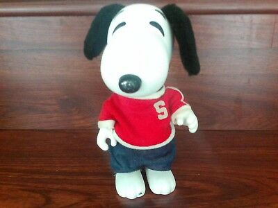 """SNOOPY United Feature Syndicate PEANUTS  DOLL 1966 vinyl 9"""""""