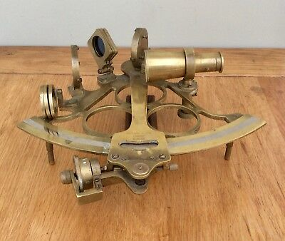 Fine Quality Antique Vintage Brass Sextant By Reyland & Son London No 5049