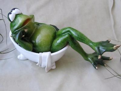 SEXY GREEN FROG TAKING RELAXING BATH WHITE TUB RESIN Whimsical Sculpture