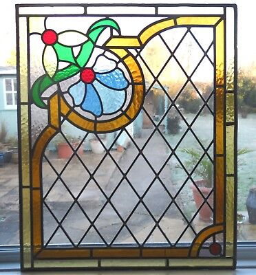 AN ORIGINAL RECLAIMED FULLY RESTORED STAINED GLASS PANEL - Ref SG264