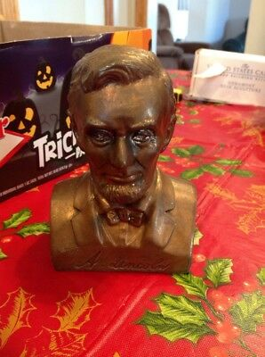Abraham Lincoln Coin Bank Metal Bust