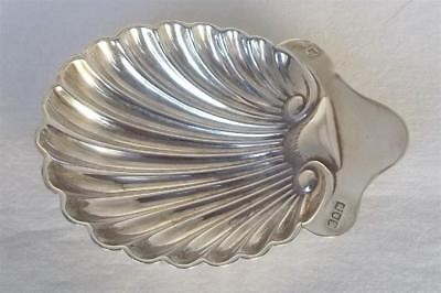 A Lovely Antique Solid Sterling Silver Edwardian Shell Dish London 1901.