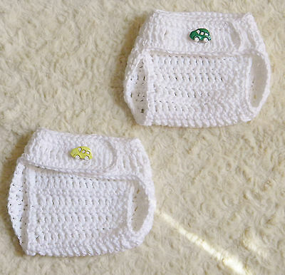 2 White Diaper Covers Handmade 0-3 months Green/Yellow Car buttons Cotton