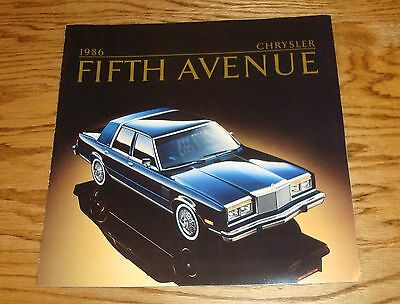 1983 CHRYSLER 5TH AVENUE EDITION 83 SALES CATALOG BIG PRESTIGE BROCHURE
