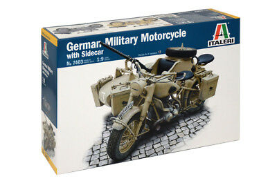 Italeri 7403 1/9 Scale Model Kit BMW R75 German Military Motorcycle w/Side Car