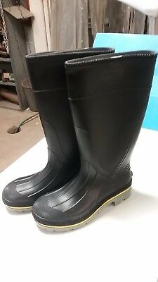 "New - Size 10 Men's ""servus"" 15"" Steel Toe - Pvc Rubber Knee Boots - Usa Made"