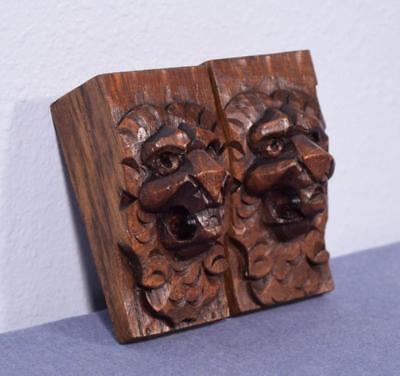*Pair of French Antique Hand Carved Oak Wood Lion Heads Corbels Salvage Trim