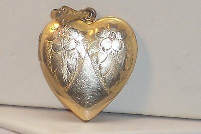 Vintage Engraved Floral Design Heart Shaped Photo Picture Locket Old Photos