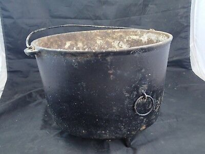 Antique Wagner Ware Early  #9 Cast Iron Kettle 3 Footed Bean Pot Dutch