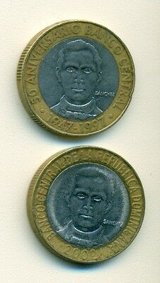 2 BI-METAL 5 PESO COINS from the DOMINICAN REPUBLIC - 1997 & 2002 (2 TYPES)